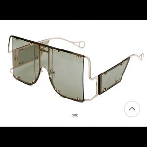 Accessories - Oversized Goggle Shades!